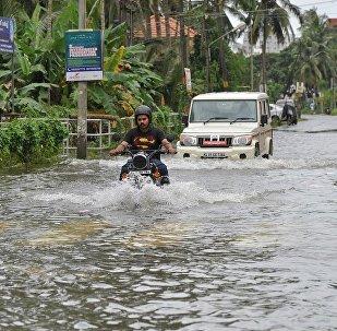 印度喀拉拉邦8月8日以来320多人死于暴雨