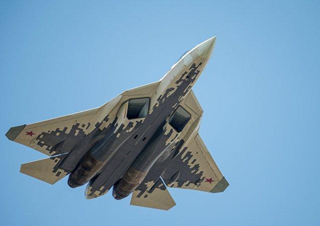 俄罗斯开始批量生产第5代战斗机苏-57