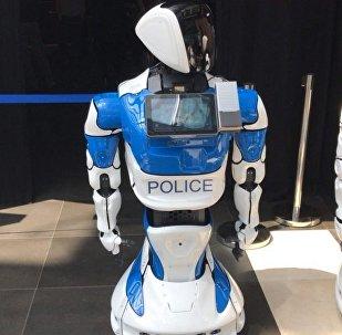 PromoBot公司新品:警用機器人