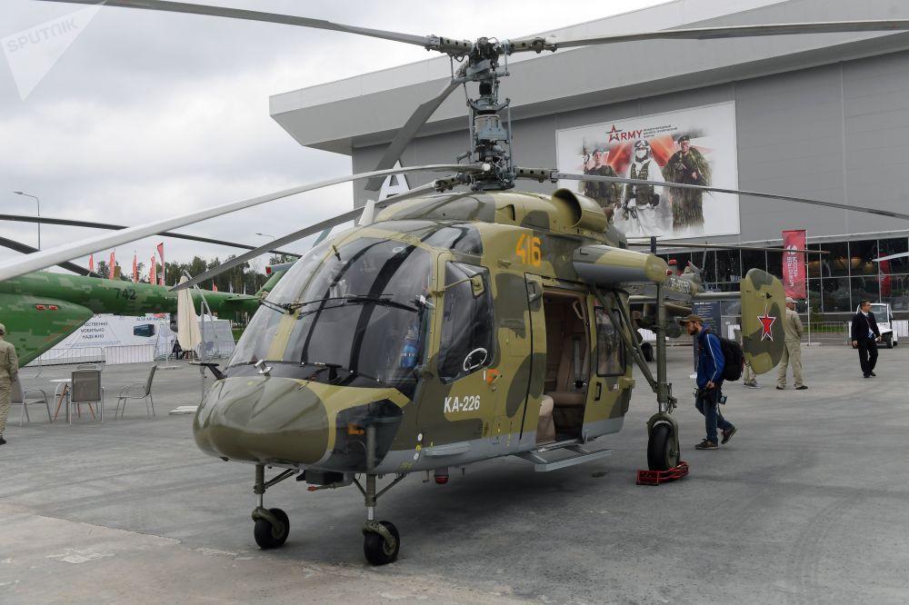 俄罗斯卡-226多用途直升机