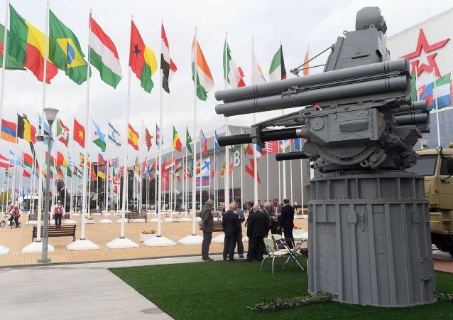 Корабельный зенитный ракетно-артиллерийский комплекс Панцирь-МЕ на выставке «Армия России – завтра» в рамках IV Международного военно-технического форума «Армия-2018» в Кубинке