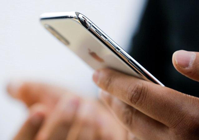 专家:iPhone电池一代比一代差