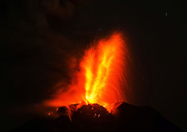 英国科学家:拿破仑兵败滑铁卢与印尼火山喷发有关
