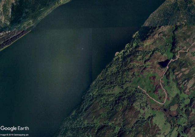 苏格兰尼斯湖再现水怪