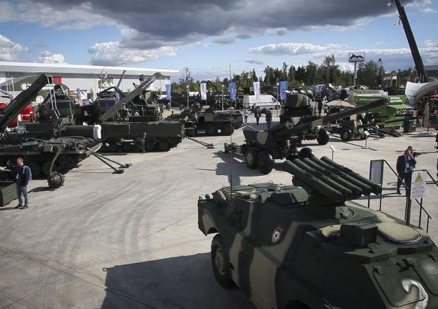 从叙利亚武装分子缴获的武器成为军队2018军事论坛亮点