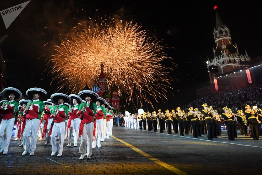 第11屆「救世主塔」軍樂節開幕