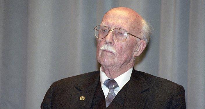 謝爾蓋·齊赫文斯基院士