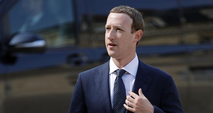 臉書公司董事長扎克伯格