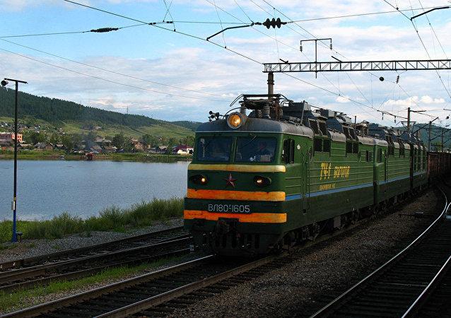 「別特羅夫工廠」火車站
