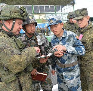 专家:俄中军事合作旨在维护地区安全