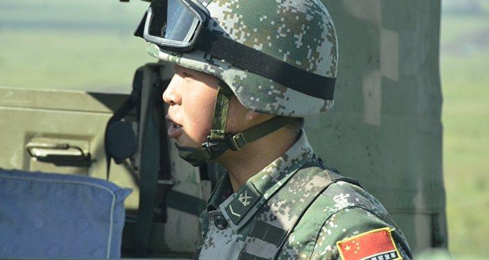 """""""和平使命-2018""""军演的一名中国参与者"""