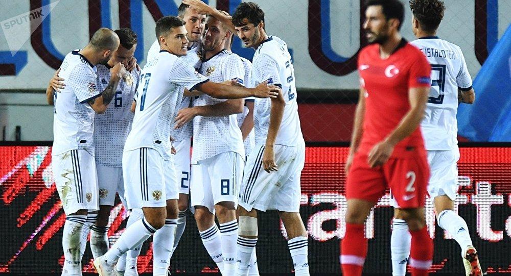 俄羅斯國家足球隊在歐洲國家聯賽上擊敗土耳其隊