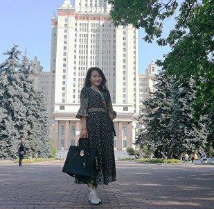 王月晗在莫斯科大学校园