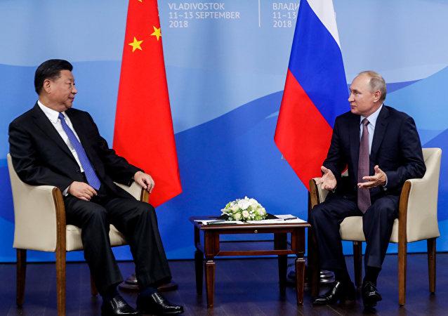 俄罗斯总统普京会见中国主席习近平