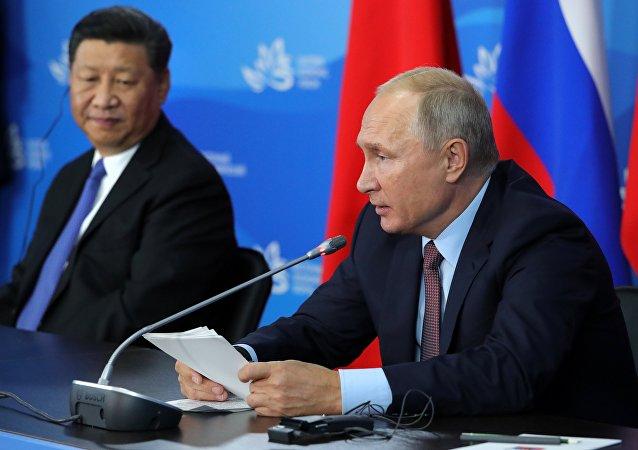 普京谈俄中战略伙伴关系的重要组成部分