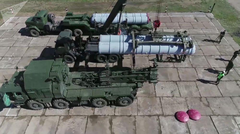 參加東方-2018演習防空演練的「 S-300」地空導彈系統