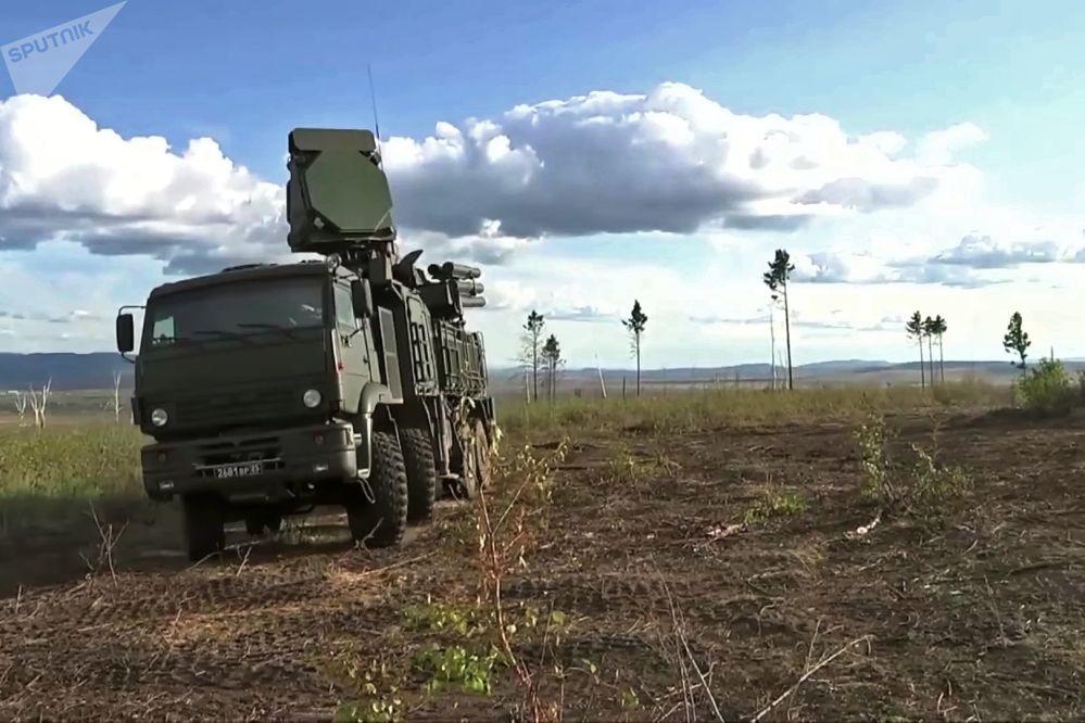 參加東方-2018演習防空演練的「鎧甲-S」地基自行防空系統