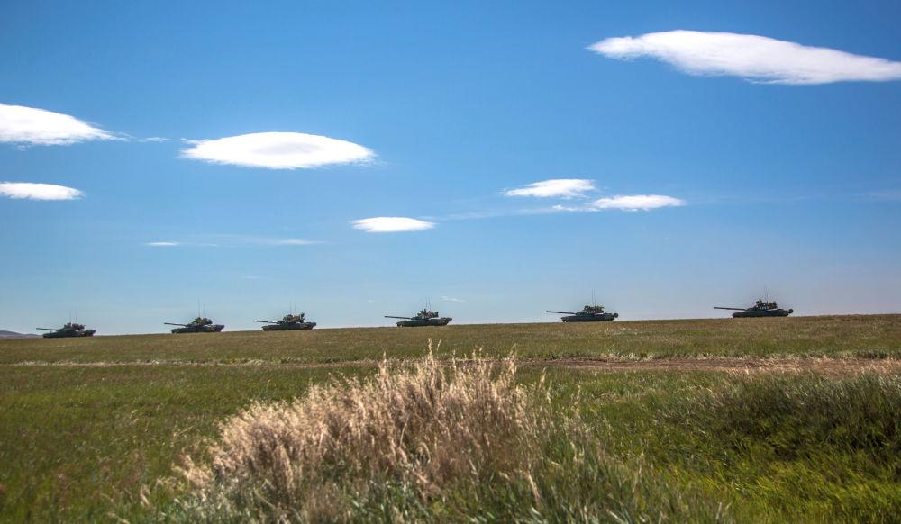 參加在遠東舉行的東方-2018演習的坦克