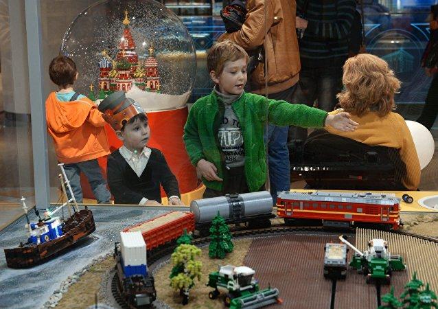 俄罗斯开始更多地出口最和平的商品——玩具