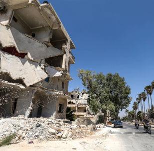 """叙利亚通讯社公布""""白盔""""在伊德利卜拍摄""""化学攻击""""排演的视频,该视频用于指责叙利亚军队进行攻击"""