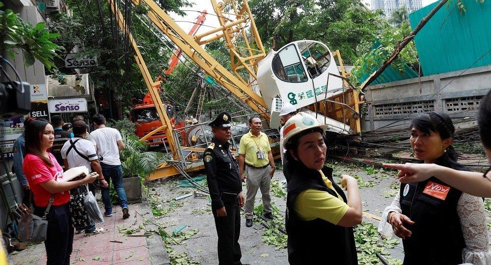 曼谷市中心发生建筑塔吊倒塌并造成伤亡事故