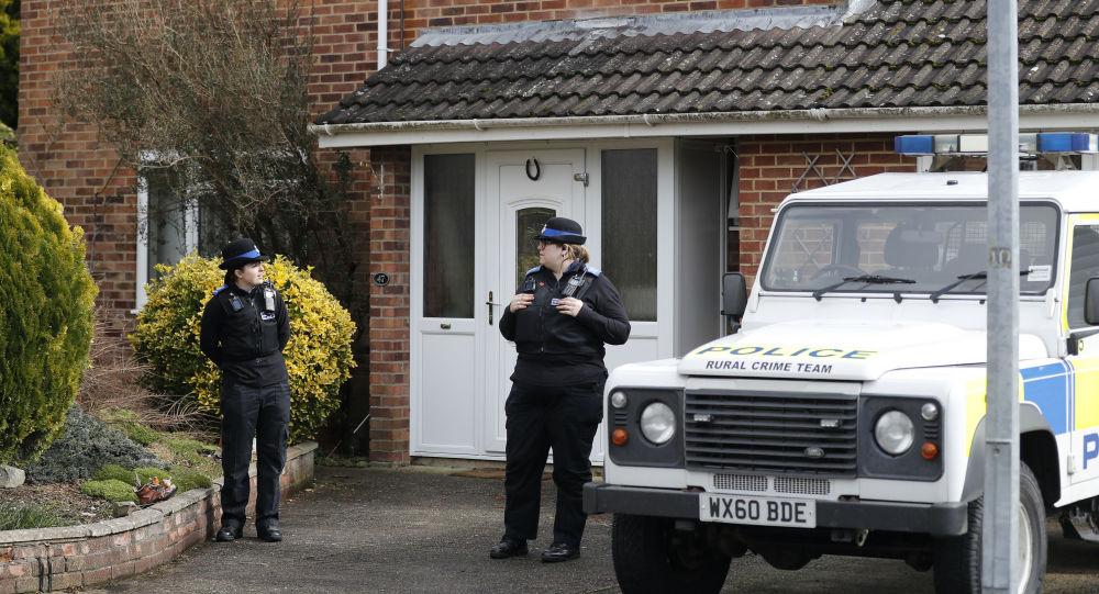 英国媒体称辨认出俄前特工中毒案第三名嫌疑人