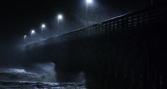"""美国""""弗洛伦斯""""飓风"""