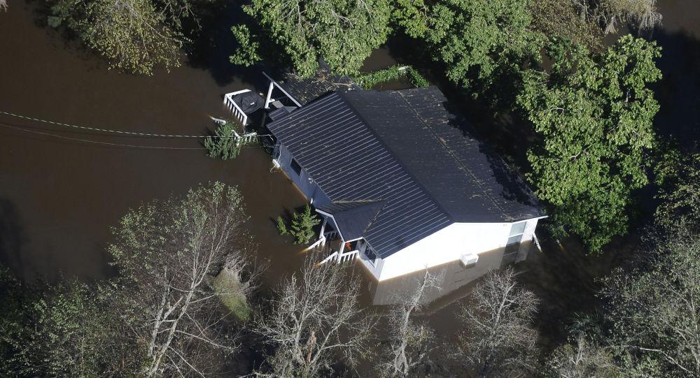 媒體:熱帶風暴造成90多萬美國用戶停電