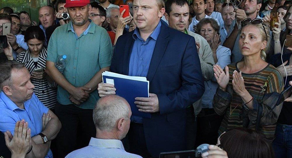 俄共领导人要求就滨海边疆区行政长官选举作假展开调查