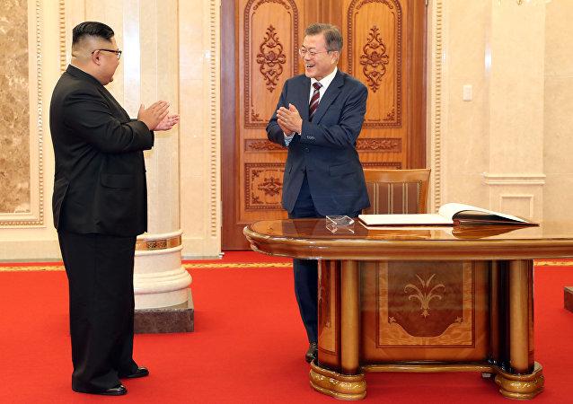 """专家:美国不会在韩国领海举行演习 但将继续""""自由航行"""""""