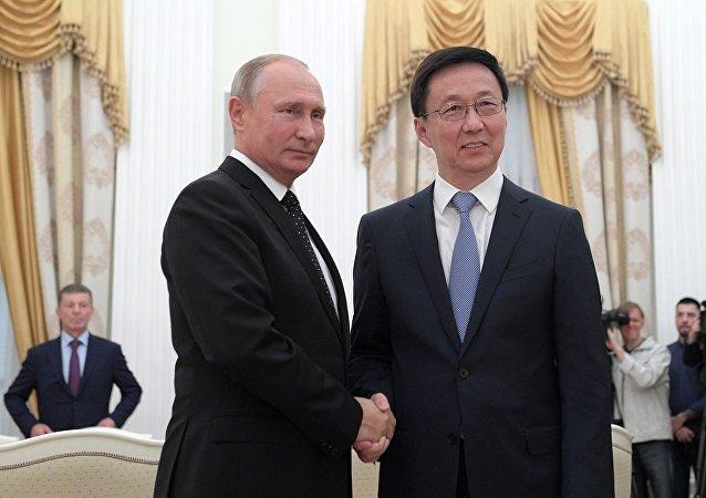 普京:俄中能夠制定更加具有進取心的目標