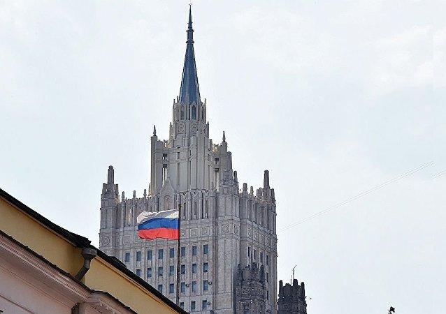 俄打算继续协助中非恢复本国武装力量