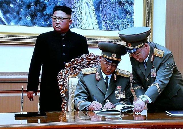 朝韓兩國防長簽署軍事協議