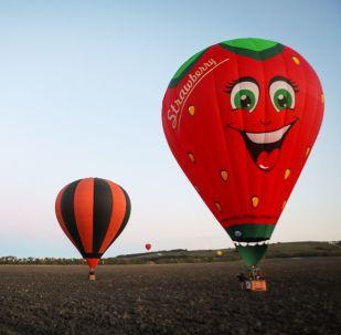 斯塔夫罗波尔高加索矿泉城-俄罗斯的明珠航空节的气球