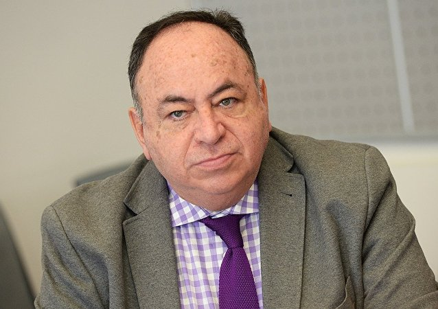 厄瓜多爾駐俄大使胡里奧•普拉多•埃斯皮諾薩