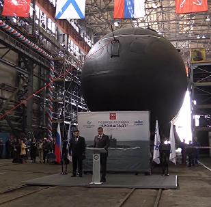 喀瑯施塔得」號在聖彼得堡的海軍部造船廠隆重下水
