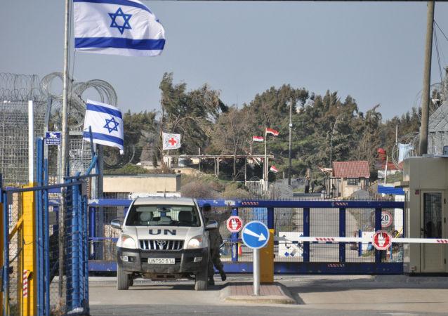 Пограничный пункт между Сирией и Израилем на Голанских высотах