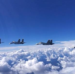 蘇-30SM戰機發射導彈震撼畫面曝光