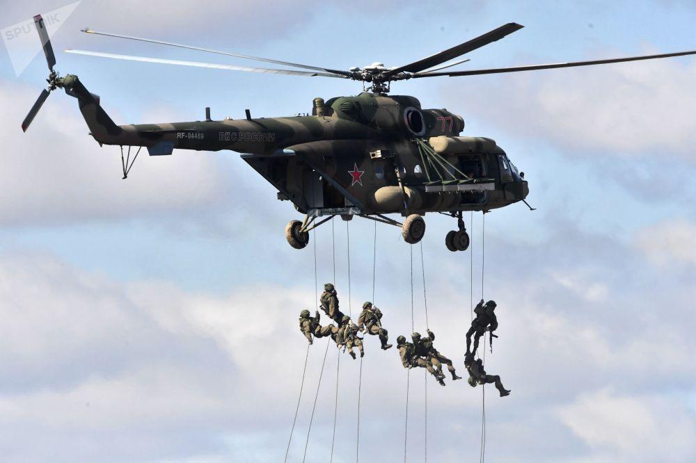 在俄羅斯後貝加爾邊疆區舉行的中俄蒙「東方-2018」聯合軍演
