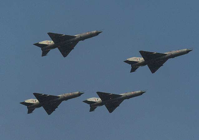米格-21战机