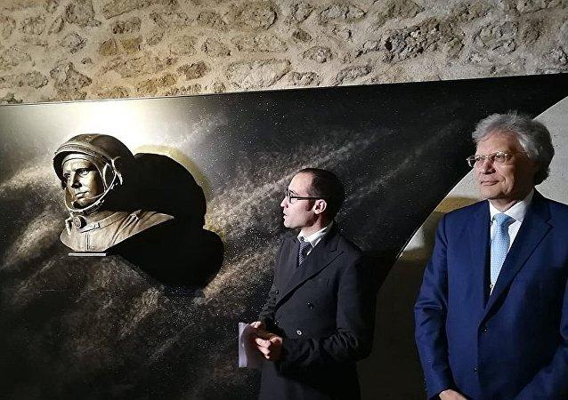 俄宇航員加加林紀念碑在聖馬力諾落成