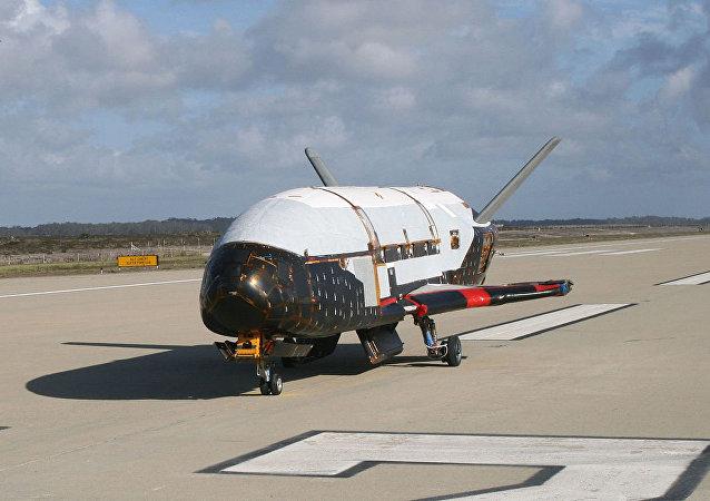 美國無人太空飛機X-37