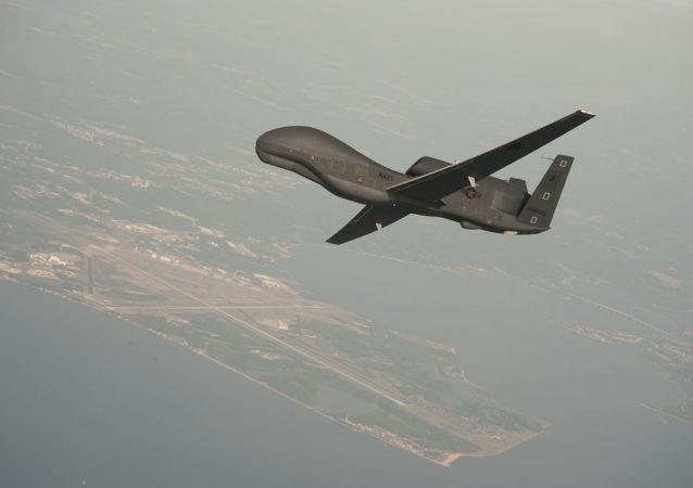 美国军机和无人机在克里米亚附近侦察