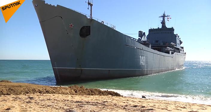 黑海舰队海军陆战队和海岸警卫队的双面演习
