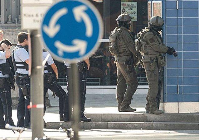 科隆警方不排除劫持人质案件是恐怖袭击的可能