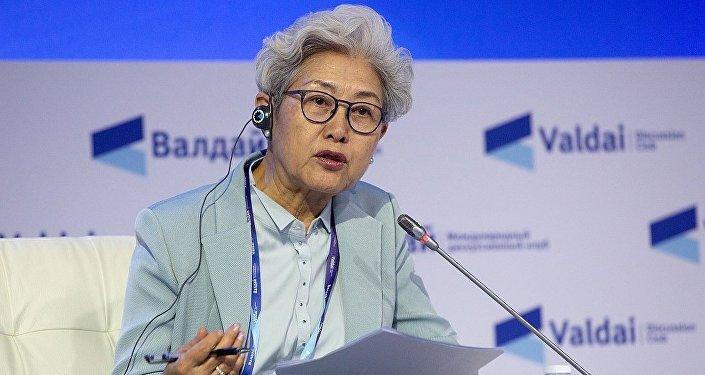 中国全国人大外事委员会副主任委员傅莹在俄罗斯索契举行的第十五届瓦尔代国际辩论俱乐部年会上发言