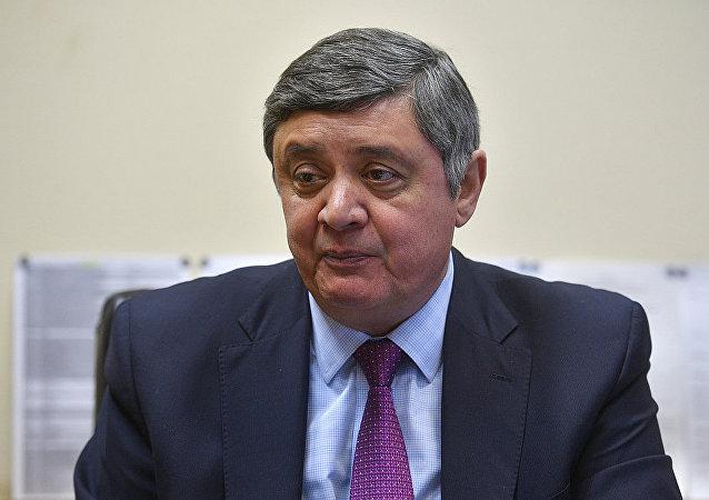 扎米尔•卡布洛夫