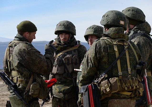 俄罗斯南部军区的山地机动步枪旅军人