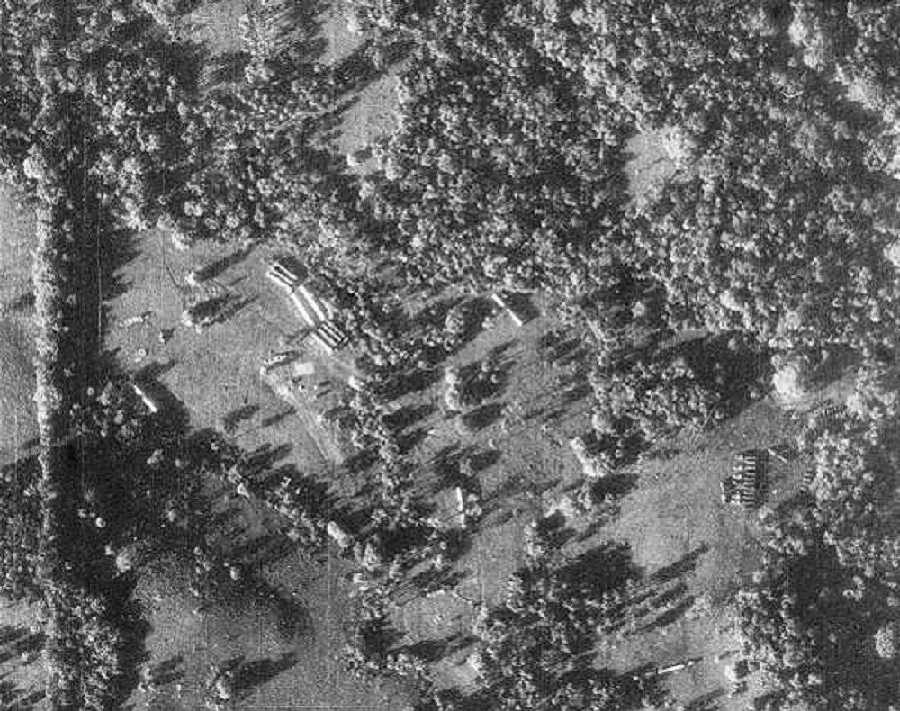 蘇聯軍隊在古巴部署有四個基地,擁有近程導彈。美國偵察機U-2拍得照片非常清晰,發現據他們岸邊150公里有發射裝置。