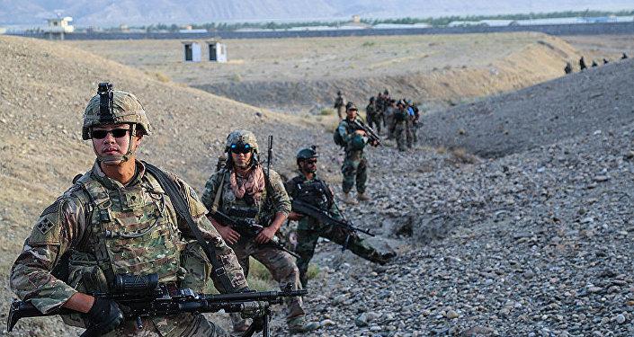 北約軍人在阿富汗